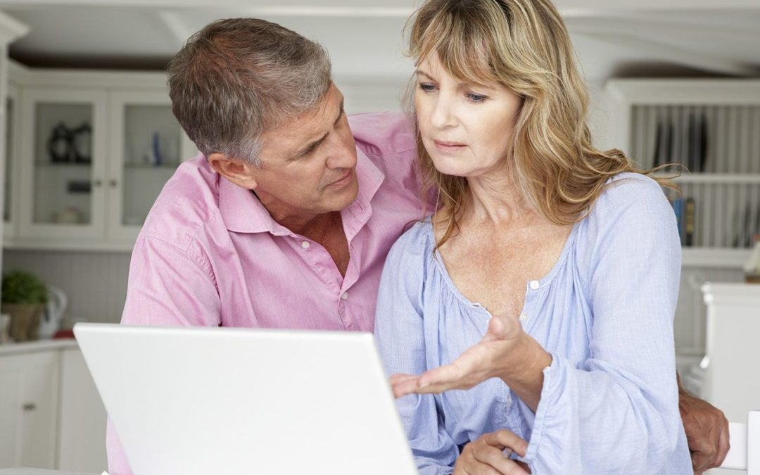 Differences Between Credit Monitoring Service and Identity Theft Protection Plans